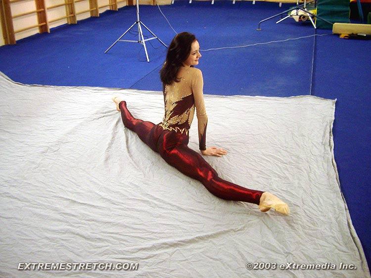 foto-nozhki-gimnastki