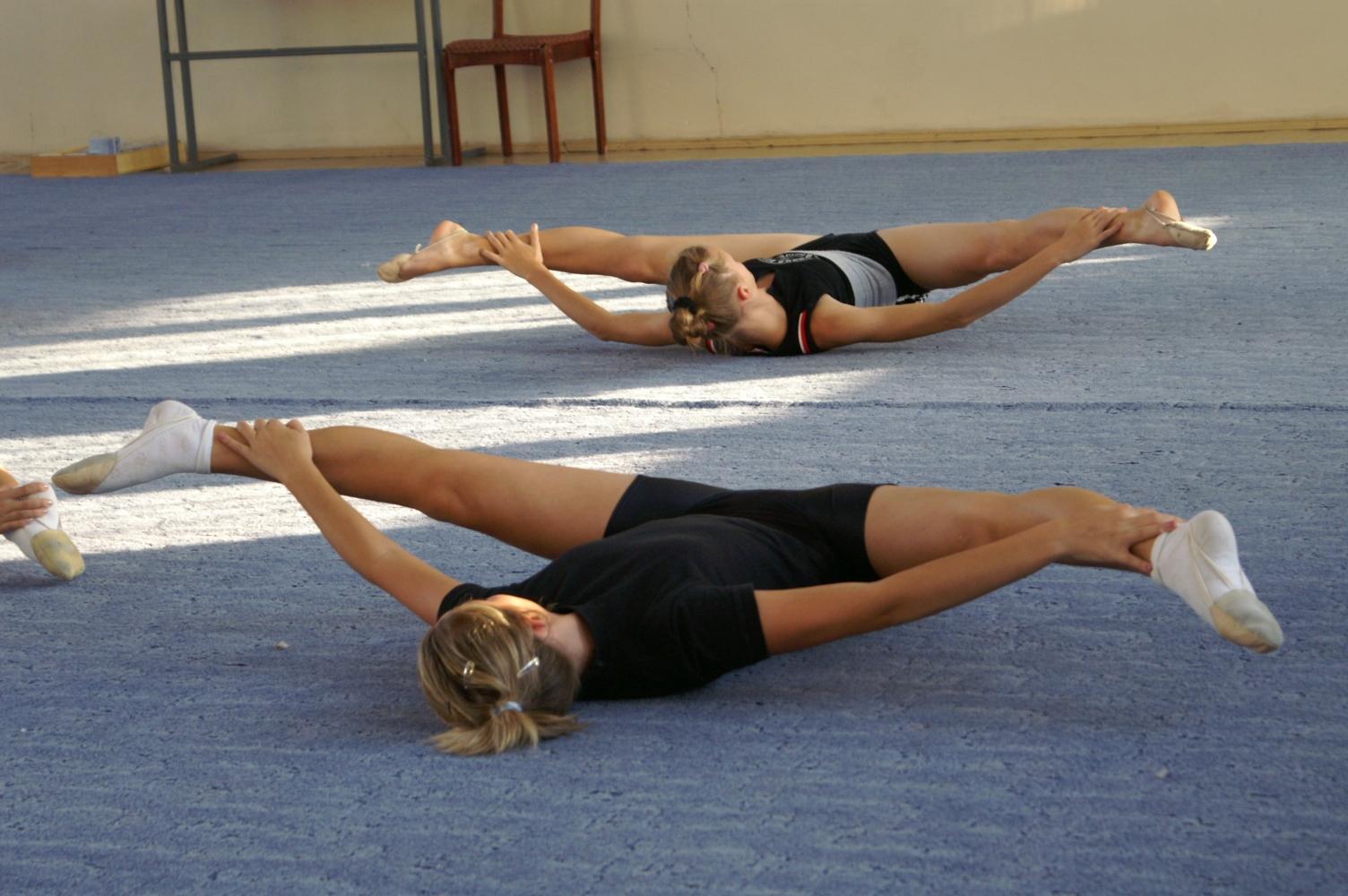 Тренировка гимнастки его